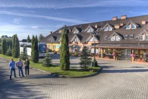 Hotel Holiday  z Stary Folwark 106, 16-402 Suwałki