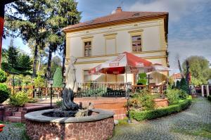 HOTEL BORYS z 58-321 Zagórze Śląskie, ul. Główna 26