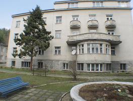 Dom Wczasowy OSTOJA (nieczynny) z Wisła, ul. Słoneczna 1