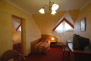 Hotel Ognisty Ptak z Ogonki, 11-600 Węgorzewo ul. Sztynorcka 6