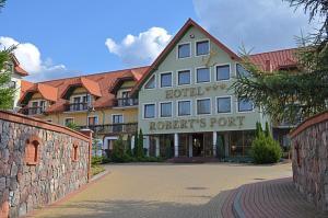 Hotel Roberts Port z Stare Sady 4 11-730 Mikołajki