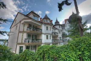 HOTEL*** SOLAR PALACE z Mrągowo ul. Jaszczurcza Góra 24